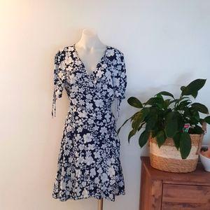 Dotti Wrap Around Dress Navy and White 100% Viscose size 14